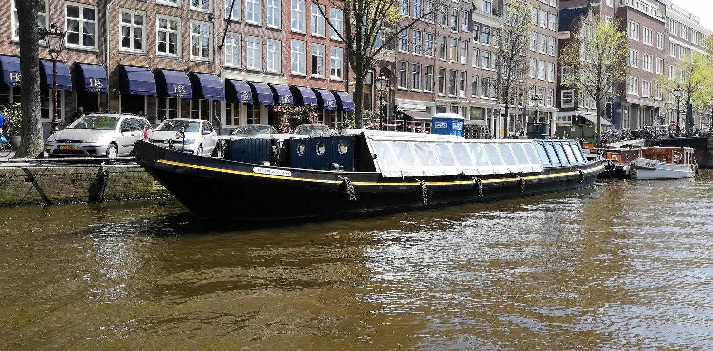 Salonboot trekschuit Hildebrand